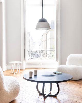 Beffroi Collection in our parisian showroom. ✨ Beffroi collection Design by @studio_eric_schmitt_ 📸: @davidmeignan . . . #luxuryhome #lightdesigner #paris #delisleparis #bespokelighting #interiordesign #lighting #chandelier #lustre #savoirfaire #bronze #gueridon #ericschmitt #shooting #surmesure #contemporain