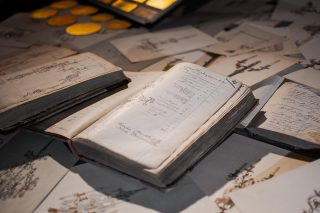 You can't imagine everything we kept since the creation of Delisle, by Henry Delisle ! ✨ 📸 @726prod_ 🎥 @quentinvalleye . . . #luxuryhome #lightdesigner #paris #delisleparis #bespokelighting #interiordesign #lighting #chandelier #lustre #savoirfaire #bronze #artdesign #surmesure #archives #generations #history #culture #patrimoine #drawing #samples #typography