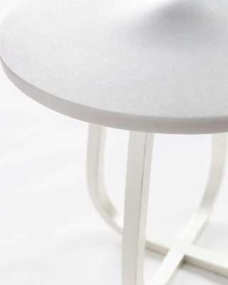 Beffroi details, is perfection ✨ @studio_eric_schmitt_ . . . #luxuryhome #lightdesigner #paris #delisleparis #bespokelighting #interiordesign #lighting #chandelier #lustre #savoirfaire #bronze #gueridon #ericschmitt #shooting #surmesure #contemporain